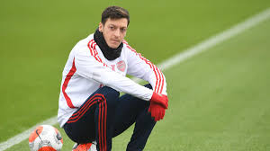 Ozil contemplates his future